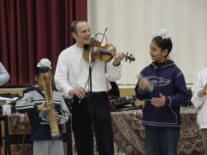 violin & school kids